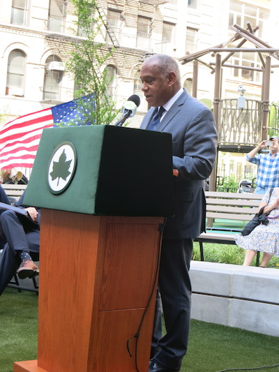 chelsea green park manhattan new york city parks commissioner mitchell silver