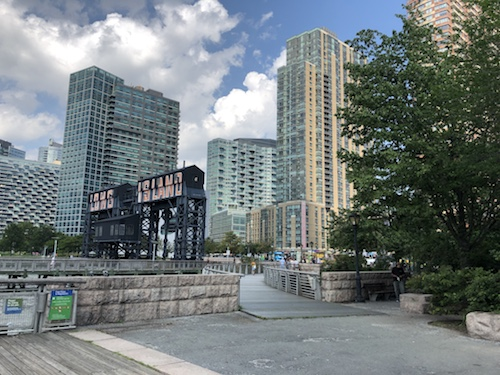 gantry plaza state park long island city queens new york city parks